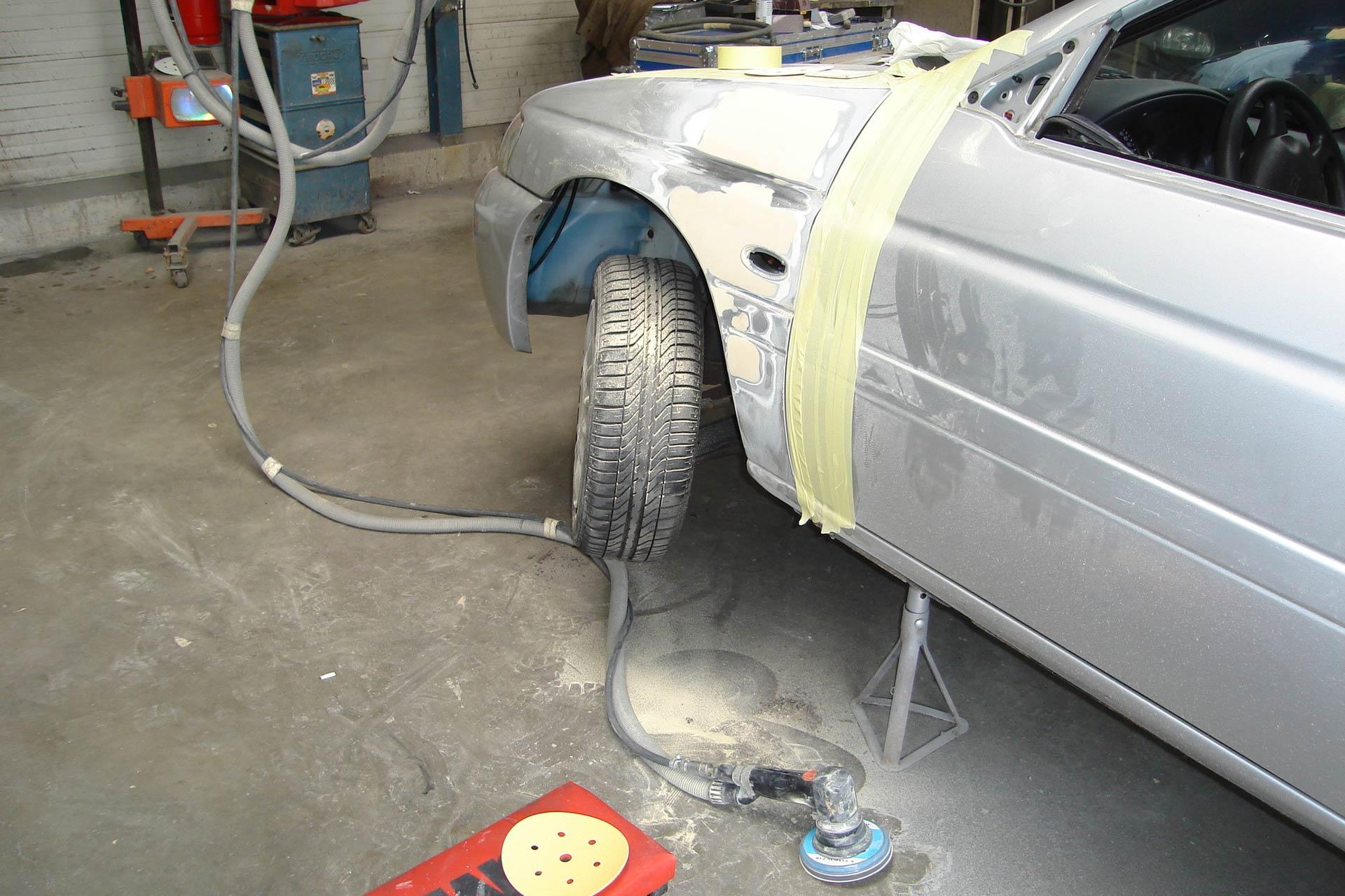 Schadeherstel Garage Bakker